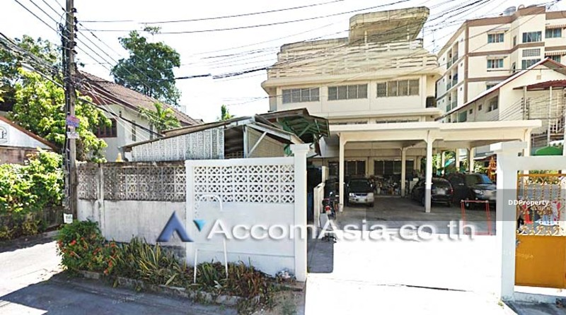 house for rent in Phaholyothin Bangkok BTS AA14082 #75222819