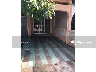 ขาย - Townhouse Sukhumvit 65 for sell, walking distance to BTS Prakanong