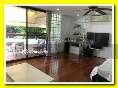 ขาย - 4 Bed Townhouse For Sale in Phra Khanong BR8726TH