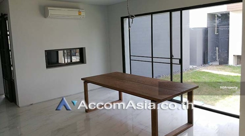 house 4 Bedroom for rent in Sukhumvit Bangkok BangNa BTS AA16929 #75225623
