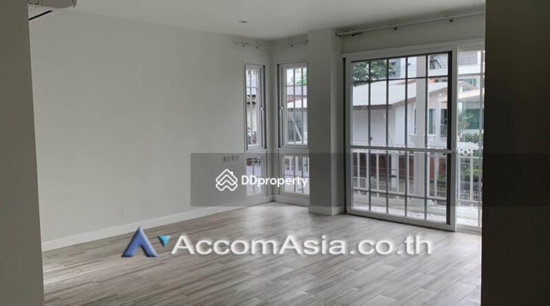house 4 Bedroom for rent in Sukhumvit Bangkok PhromPhong BTS AA25250 #75223961