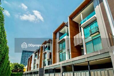 ขาย - Sale and Rent Super luxury, most expensive townhome in the heart of Ekkamai by Sansiri. | THSR0274001