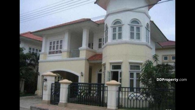 3 Bedroom Detached House in Khlong Luang, Pathum Thani #70806737