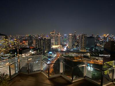 For Sale - Life Asoke Rama 9   Sale By Owner/  Foreign Name