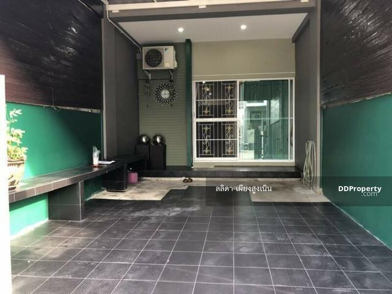 ขายถูก ทาวน์โฮม 3 ชั้น 17 ตร.ว. หมู่บ้าน นลิน อเวนิว 3 บ้านใหม่ สภาพดี พร้อมอยู่ #71797421