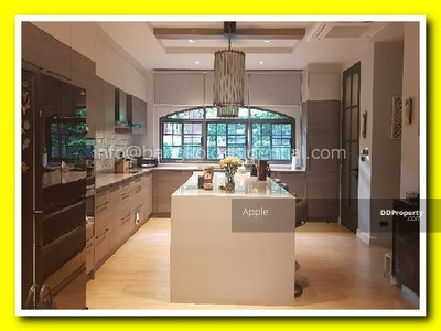 For Sale - 3 Bed Townhouse For Sale in Phrom Phong BR8761TH
