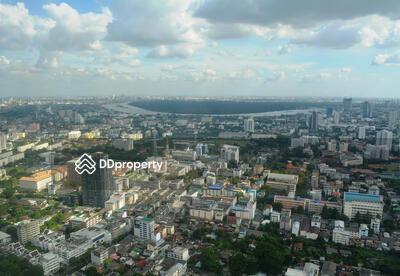 ขาย - 4-bedroom modern penthouse with breathtaking views in Sathorn [ABKK25759