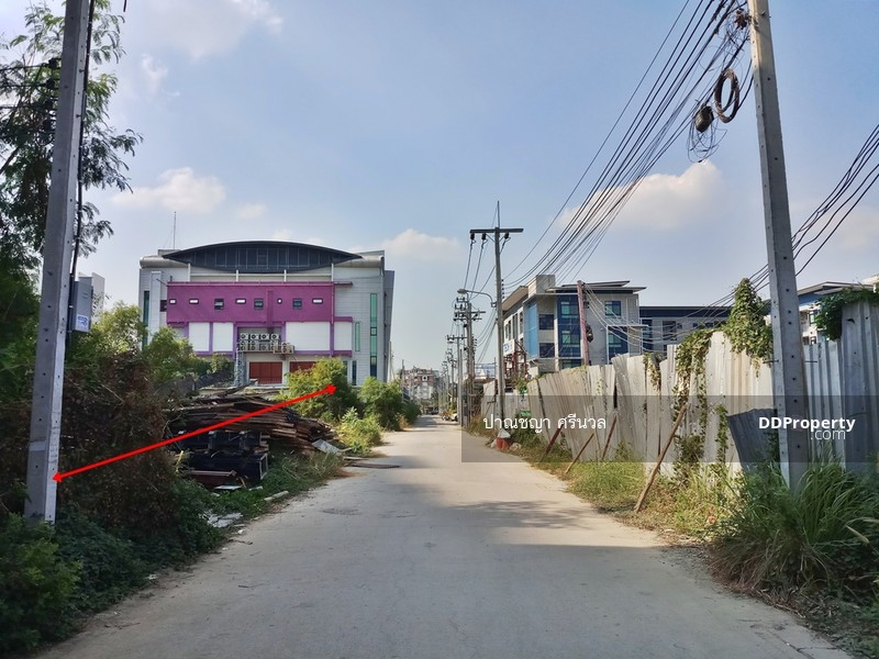 ที่ดินเปล่า ซอยดำรัสสุข ถนนศรีสมาน ต.บ้านไหม่ อ.ปากเกร็ด จ.นนทบุรี #72818897
