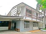 3 bedroom home office in quiet area of Phrom Phong [OBKK24754
