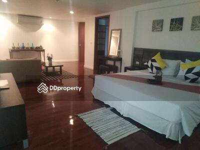 For Rent - 4 bedroom apartment for rent close Surasak BTS station [ABKK26162