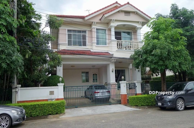 Detached House in Khlong Luang, Pathum Thani #73354035