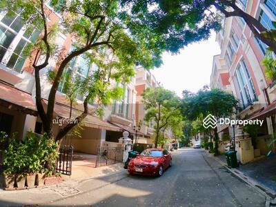 ให้เช่า - ให้เช่าทาวน์โฮมหรู 4 ชั้น ใจกลางเมือง บ้านกลางกรุง ทองหล่อ สุขุมวิท 55