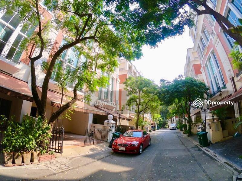 ให้เช่าทาวน์โฮมหรู 4 ชั้น ใจกลางเมือง บ้านกลางกรุง ทองหล่อ สุขุมวิท 55 #73360979