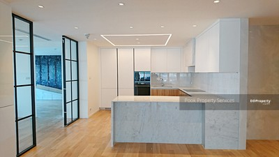 For Rent - Spacious renovated 3 Bedroom Condo for Rent in Asoke - Sukhumvit