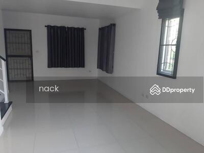 ให้เช่า - รหัส NACK184 ให้เช่า จุดเด่น บ้านหลังมุม ติดถนนหลักเดินเท้าออกหน้าโครงการได้ง่าย บ้าน บ้านพฤกษา 79 ลำลูกกา คลอง3 พิ้นที่ใช้สอย 0 ตรม. For rent Nice Location at Baan Pruksa 79