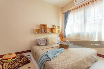 For Rent - For Rent Town house  (MRT Huaikwang station)
