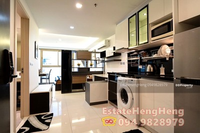 For Sale - HOT! ! Room for Sale at WONG AMAT TOWER. FL24, 40sqm. Near beach, SEA view, New, Fully furnish