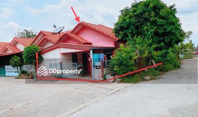 ขาย - ขายถูก! ทาวน์เฮ้าส์ หมู่บ้านสานฝัน 7 จังหวัดชลบุรี 03-88-04577