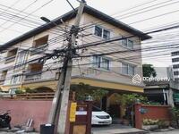 ขาย - ขายบ้าน ห้วยขวาง ใกล้รถไฟฟ้า MRT แบบเดินถึง 3 ชั้น 4 ห้องนอน หลังมุม ปรับปรุงใหม่ สวยเกินราคา