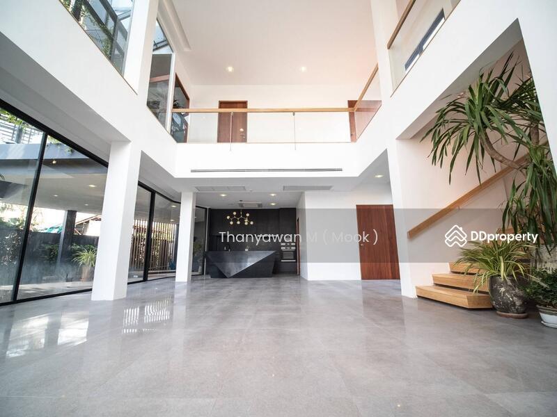บ้านสวย Pool Villa บ้านเดี่ยว 3ชั้น กลางสุขุมวิท 71 พระโขนง #76314801