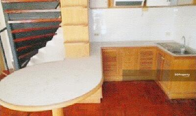 ขาย - ขายถูก! คอนโดมิเนียม หมู่บ้านสรสิชา คอนโดมิเนียม 05-88-01199