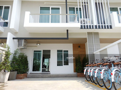 For Sale - C9MG100100  Townhome two storey for sale with fully furnished in the city center.