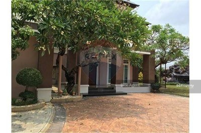 For Sale - Single House Bang Na 4 bed 400sqm. Near the Outer Ring Road nice home