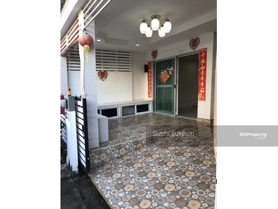 For Sale - (Sale ) townhouse 2 Floors, 3 bed, 2 bath, an area of 90 sq. m.