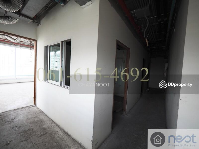 Le Raffine Jambunuda Sukhumvit31 condominium #76699407