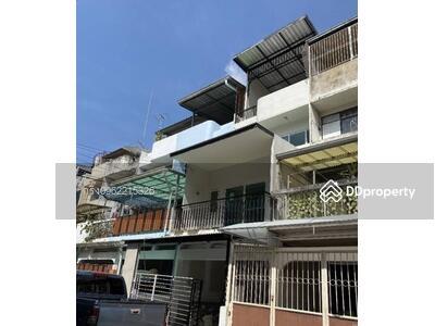 For Sale - 0014G House for sale, Sukhumvit, Ekamai, 3 bedrooms, 4 bathrooms, 11. 5 MB. Contact 0962215326 jingle