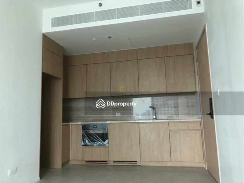 The Lofts Silom #76996293
