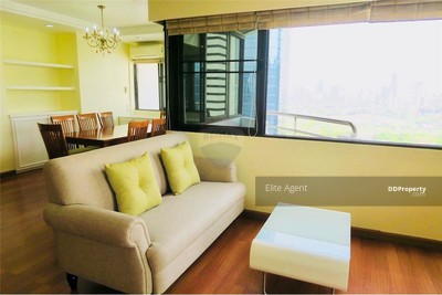 For Sale - Lake Avenue 2 bed 128 sqm. Near Asoke BTS station. Great Location Beautiful lobby, parking lot, quiet