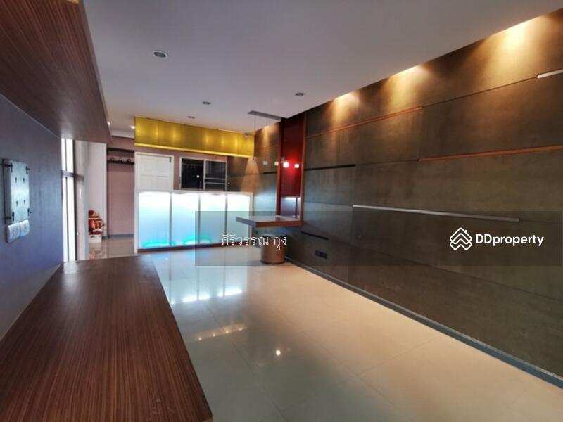 ขายทาวน์โฮม 3 ชั้น 18.7 ตรว 4น 3น ศุภาลัยวิลล์ เอกมัย-รามอินทรา นวลจันทร์ บิ้วอิน ทำใหม่ สวยมาก #77161083