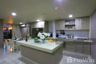 For Sale - 9 Bedroom Townhouse for sale in , Chon Buri U67880