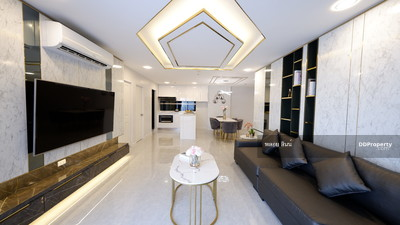 For Sale - Rare! 4 bedrooms Duplex in very high floor Developer's collection unit