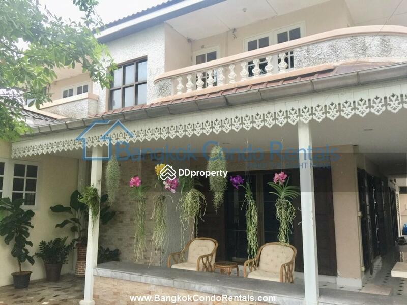 Single House Rama 9 #83741635