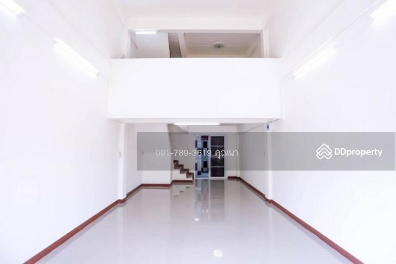 อาคารพาณิชย์ 3.5 ชั้น นวมินทร์ 111 #77794315