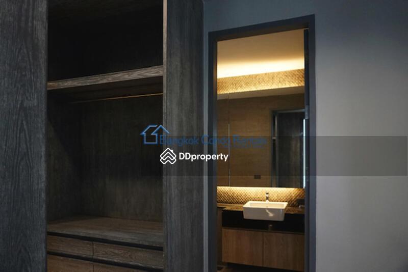 Single House Phrom Phong #84070525