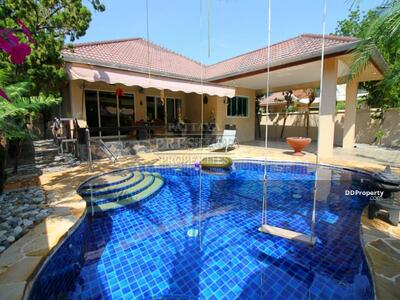 For Sale - 3 Bed 3 Bath in Jomtien for 9, 700, 000 THB PC7712