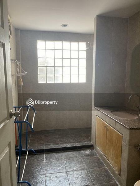 For Rent Bangkok Single House Ekkamai BTS Ekkamai Watthana BRE14493 #78096991