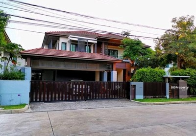 For Sale - R059-057 House for sale in Setthasiri  Chaiyaphruek - Chaeng Watthana  Large back, corner size 104 sq. m.  Built in and decorated in the back  New condition