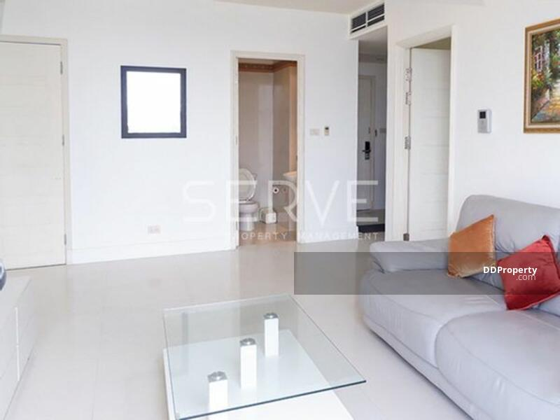 Huge Unit - Nice Room 3 Bed 5 Bath with Maid Area for Rent in Phrom Phong Area-Aguston Sukhumvit 22