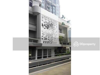 For Sale - Selling 5 storey commercial building, Sukhumvit 63, Park avenue, suitable for offices, parking for 2