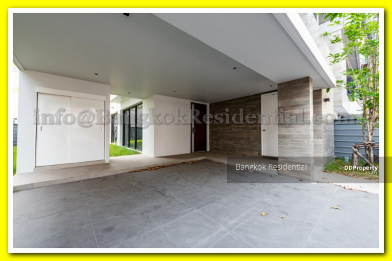 Single House in Compound #78765939