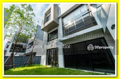 ขาย - 4 Bed Single House in Compound For Sale in Ratchada BR27727SH