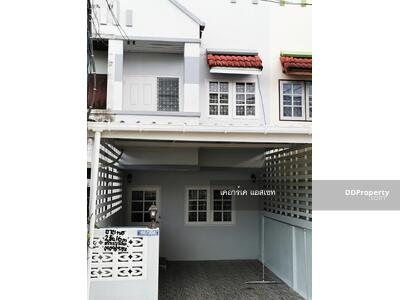 For Sale - Town Home Prathumtani 64 sqm.