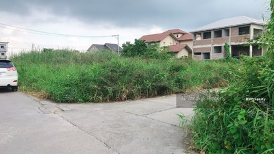 For Sale - ขายที่ดินเปล่า แปลงมุม ที่สวย ในโครงการ เดอะ ปาร์ค แอท แฟชั่น ราคาไม่แพง