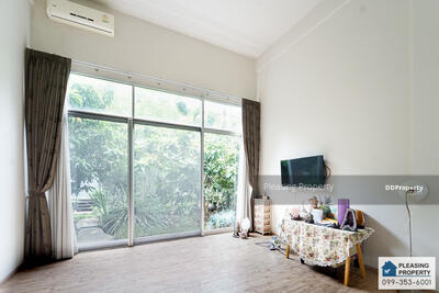For Sale - Loft style home office 3BR 3Car parks near expressway , fashion island