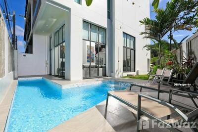 For Sale - 3 Bedroom Townhouse for sale in , Phuket U283261