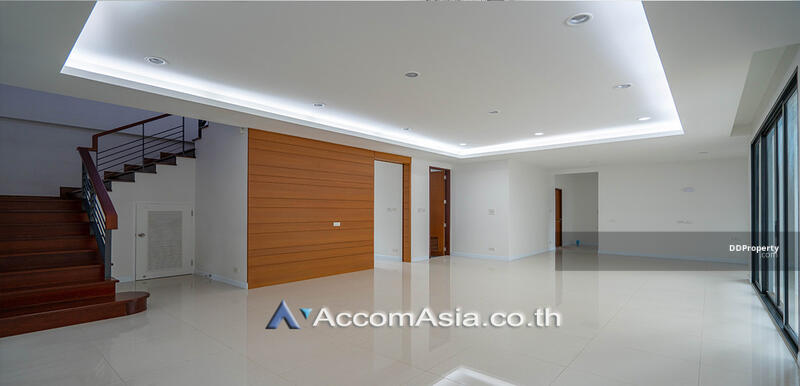 house 3 Bedroom for sale in Sukhumvit 71 Bangkok Phrakhanong BTS AA27940 #85688717